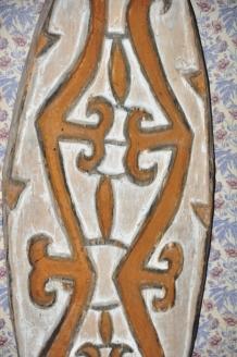 scudo ligneo, tribù Asmat Nuova Guinea